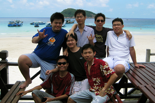 Victor Chan (in the center with black t-shirt) and friends at Pulau Redang year 2008