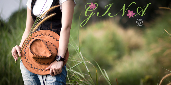 Outdoor portrait photography of Gina