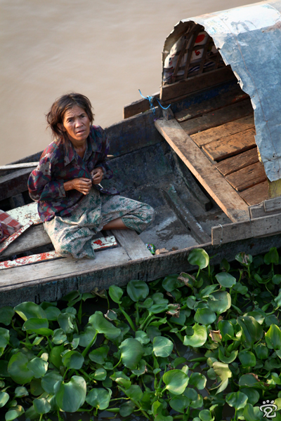 Cham lady living on boat