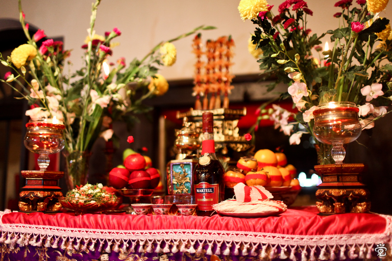 complex table setting of offerings
