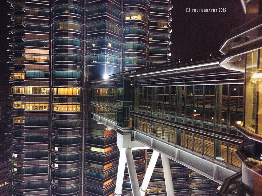 KLCC Sky Bridge (iPadgraphy)
